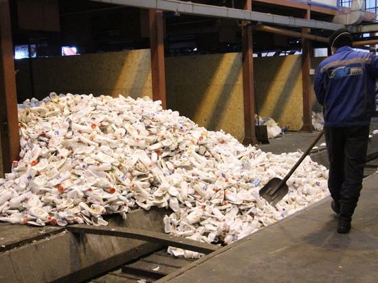 В мае на концессионных объектах Саратовской области извлечено из мусора 500 000 пластиковых бутылок