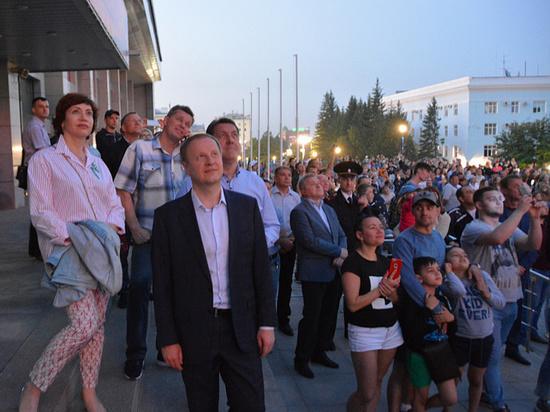 Виктор и Татьяна Томенко отпраздновали День России в Барнауле
