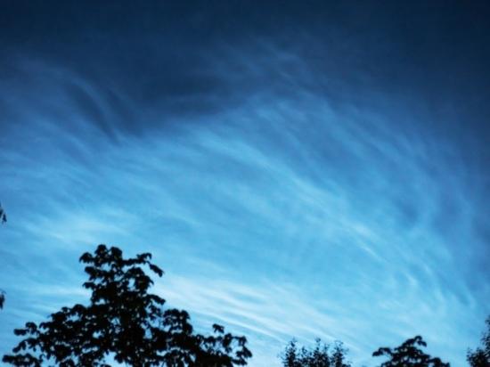 Петербуржцы могли увидеть ночью редкое атмосферное явление