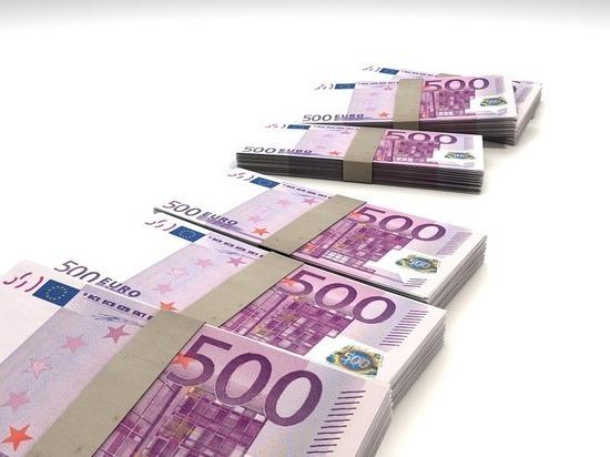 Европарламент одобрил новую финансовую помощь Украине