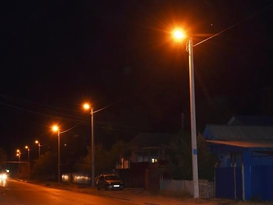 В микрорайоне Бабаевского и Астрахани-2 обустраивают уличное освещение