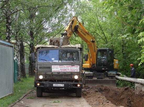 На проспекте Строителей идет масштабная реконструкция трубопроводов