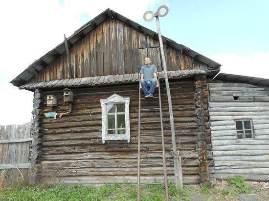 Кузбасский художник стал пчеловодом, чтобы не зависеть от чиновников