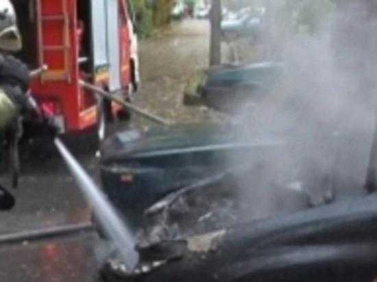На трассе в Матвеевском районе загорелась иномарка