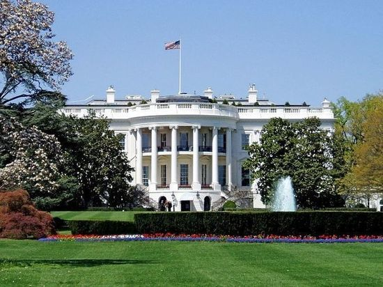 Трамп одобрил пошлины на товары из Китая на $50 млрд