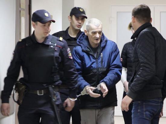 Суд отменил оправдательный приговор Дмитриеву: кому перешел дорогу глава отделения «Мемориала»