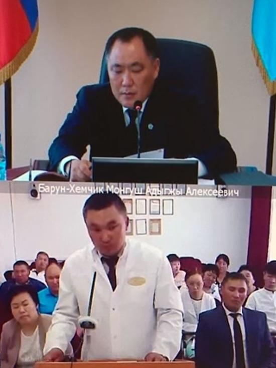 В районах Тувы не хватает 124 медицинских работника – власти наметили план действий