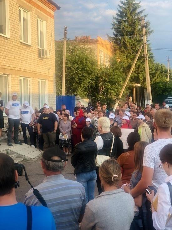 В Курской области на митинге выступил представитель агрохолдинга «Мираторг»
