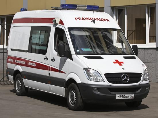 Нетрезвый автоинспектор набросился с кулаками на машину «скорой помощи»