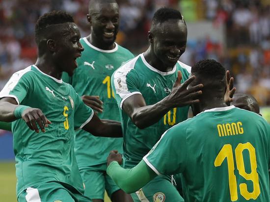 Поляки проиграли Сенегалу 1:2 в матче ЧМ-2018