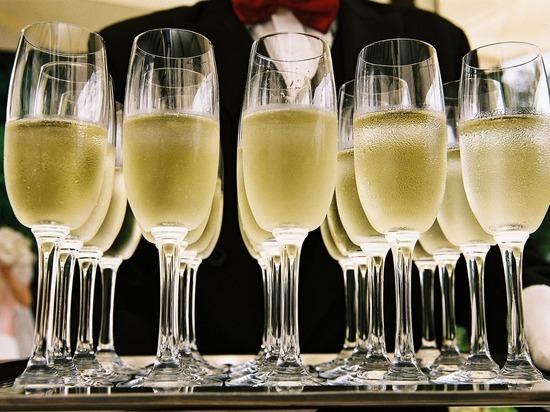 Алкоголь в малых дозах повышает риск развития рака