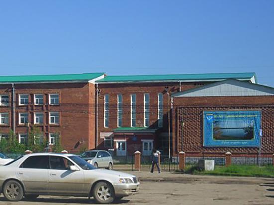 Ветераны педагогического труда Еравнинского района заявили о развале лучшей школы