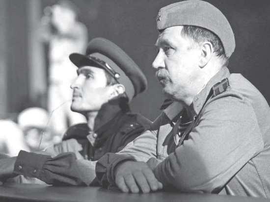 В Краснодаре состоялась премьера военного спектакля «Мартышка»