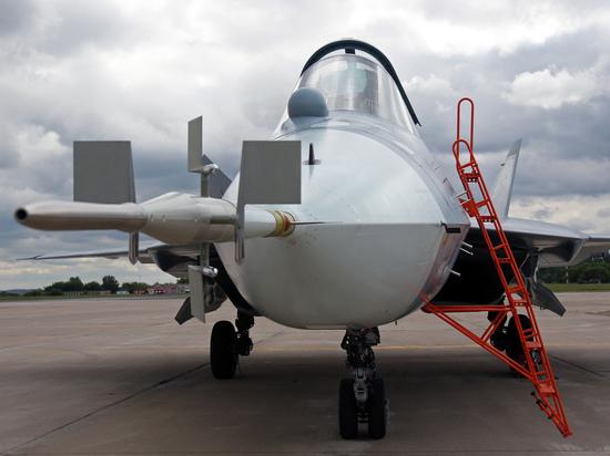 В США назвали преимущества российского Су-57 над F-35