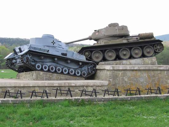 """""""Мама горела в танке, в экипаж ей опредилили пленного немца"""""""