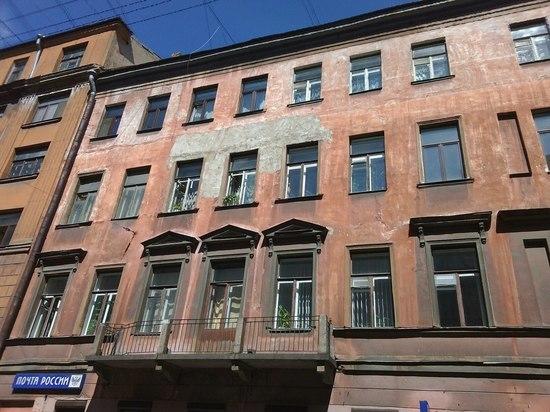 В центре Петербурга может обрушиться старинное здание, которое построил соратник Огюста Монферрана