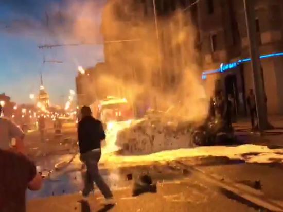 Появились подробности о сгоревшем заживо виновнике аварии на Кутузовском