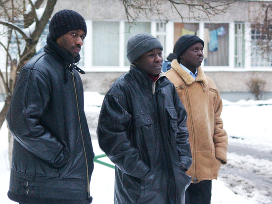 Выгонят всех: что грозит болельщикам, которые не захотят покидать Россию