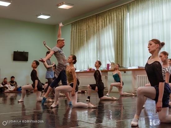 Кирилл Симонов ставит в Петрозаводске новый масштабный спектакль