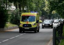 В Казани иномарка сбила пешехода-«невидимку» и врезалась в дерево
