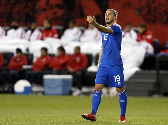 Латиноамериканки подсели на исландских футболистов