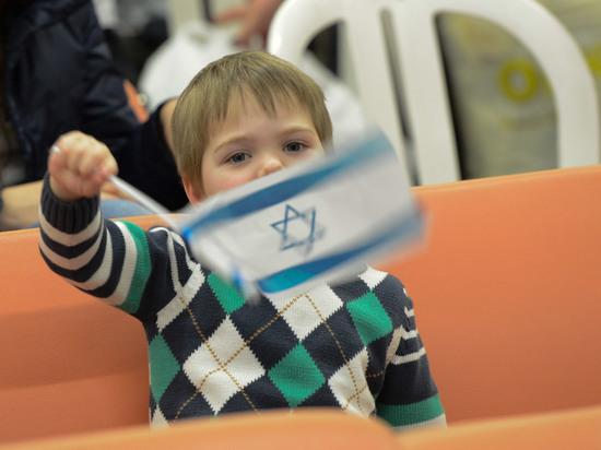 С начала 2018 года в Израиль прибыло свыше 10 тысяч репатриантов