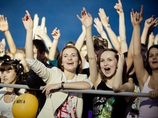 В Ульяновске праздник «Взлетная полоса» посетили около 6 тысяч выпускников
