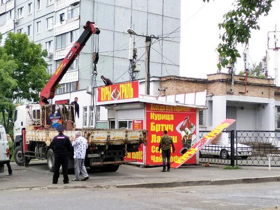 Торговцев уличной едой «убрали» во Владивостоке