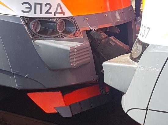 Движение на Рижском направлении парализовали сразу две сломавшиеся электрички