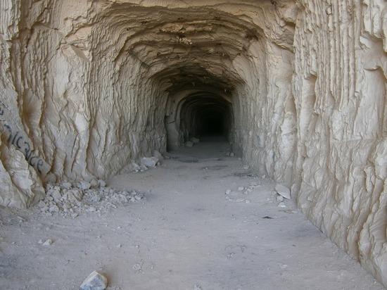 В Таиланде в 7-километровой пещере пропала детская футбольная команда