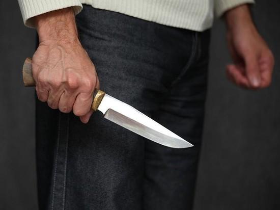 Пьяный мужчина в Моршанске размахивал ножом перед полицейскими