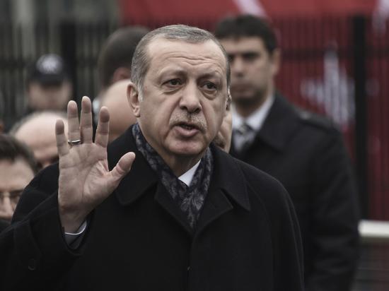 «Моему уважаемому президенту»: о совместном фото немецких игроков с президентом Эрдоганом