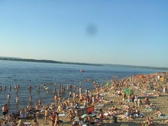 Самарцев предупреждают, что вода в водоемах не прогрелась