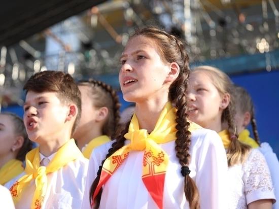 На Дне Республики выступил сводный Детский хор