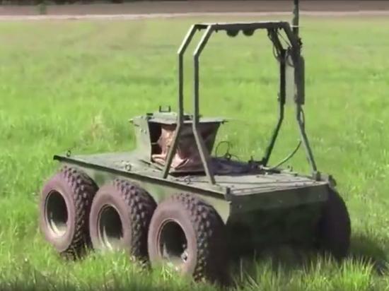 В Сети высмеяли «нового» боевого робота ВСУ «Охотник»
