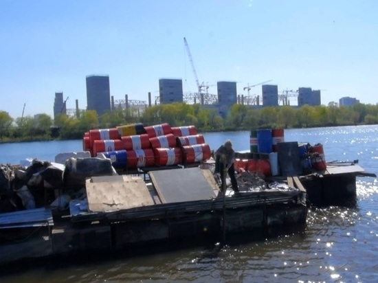 Изобретатель с необитаемого острова в Москве стал жертвой «пиратов»