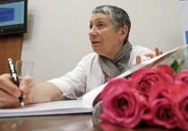 Писатель Людмила Улицкая дала большое интервью в программе «Гордон» на украинском телеканале 112. Высказывания Улицкой вызвали бурю. Мы расшифровали интервью Улицкой. Читайте его с незначительными сокращениями.