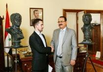В посольстве Сирийской Арабской республики прошла церемония передачи в дар двух работ российского скульптора Алексея Чебаненко