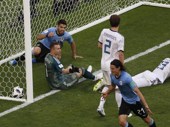 ЧМ-2018, Уругвай — Россия: почему защитники смотрели, как «расстреливают» вратаря Акинфеева