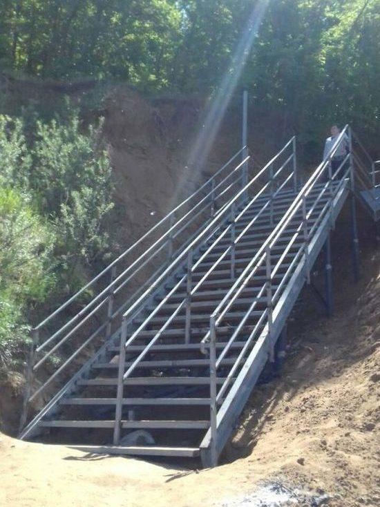 В парке «Прибрежный» в Ульяновске открыли лестницу, ведущую к Волге