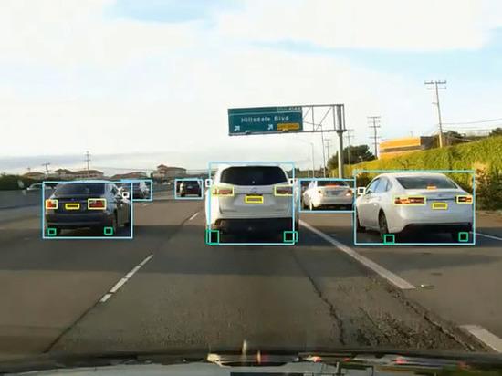 Этим качество планируется наделить искусственный интеллект машин-беспилотников