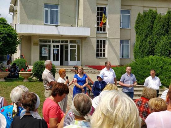 В Окнице и Гагаузии прошли митинги в поддержку русского языка
