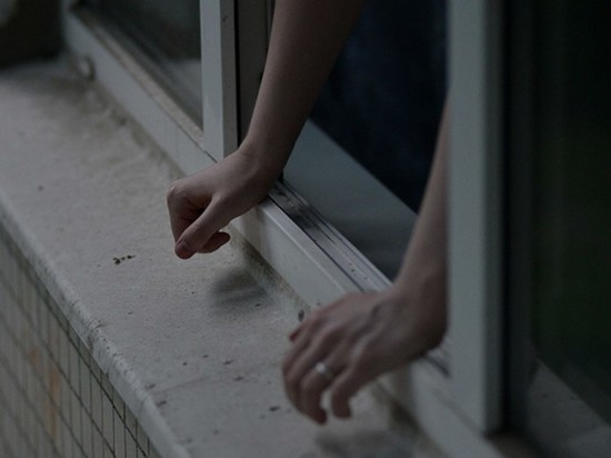 В Ленинском районе Ульяновска молодой парень скончался, упав с 7 этажа