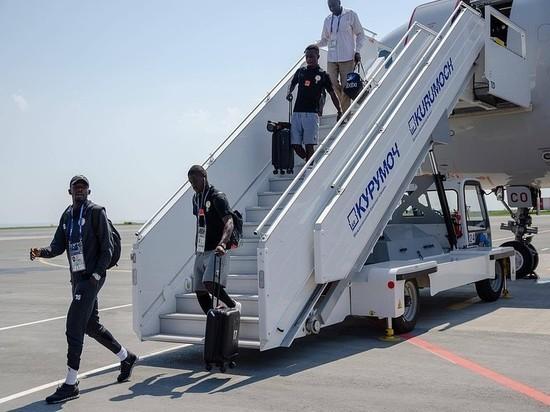 Футбольная сборная Сенегала прилетела в Самару