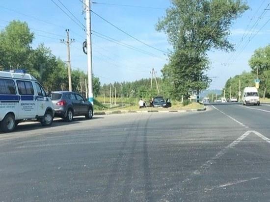 В Ульяновске неизвестные сломали дорожную камеру и избили оператора