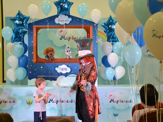 Хрюша и Степашка посетили детскую областную больницу в Тамбове