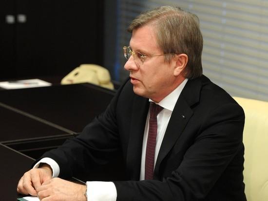 Путин вручил гендиректору Аэрофлота Виталию Савельеву орден Александра Невского
