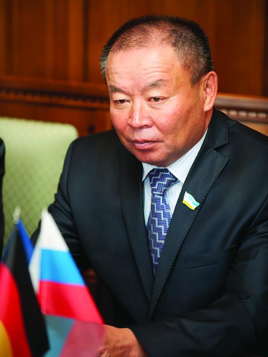 Цыденжап Батуев: «Комсомол отличала особая работа с людьми»