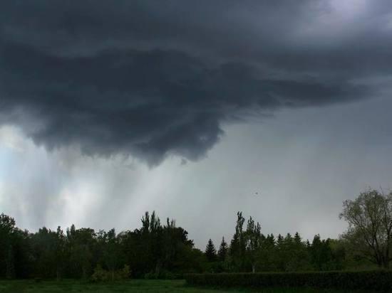 Омск залило мощнейшим ливнем – фото