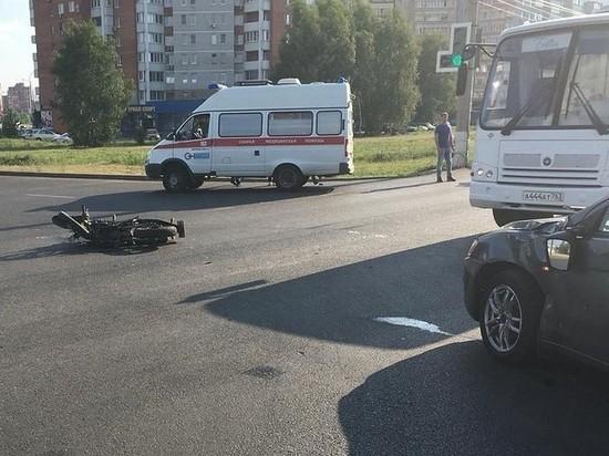 Супруги разбились на мотоцикле в Тольятти